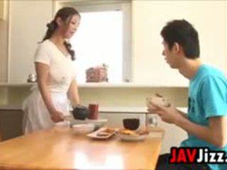 ιαπωνικά, μεγάλα βυζιά, titjob