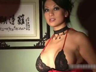 Aziatisch babes masturberen video-
