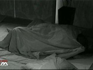 Under covers bj & bayan by suomi saperangan on hi