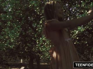 Teenfidelity lilly ford creampied nga një klloun: falas porno 7a
