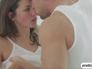 Heet en sexy allie haze gets lief ochtend neuken met haar man