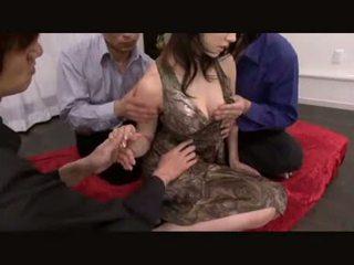 الجنس عن طريق الفم, سخونة اليابانية, اللعب