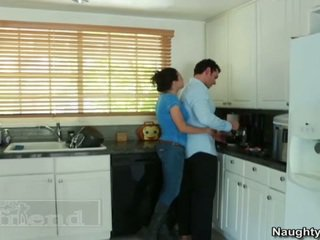 Groot titted blondine tasha reign acquires haar pal husbands oustanding sausage