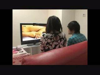 Māte un dēls vērojošas porno kopā eksperiments 4