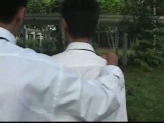 Thai boys tanulmány szünet
