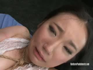 Momo tied và tormented