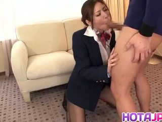 Japans stewardess yuna shiina in hardcore actie