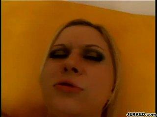 Blond aaralyn barra receives henne snäva hole pounded hård