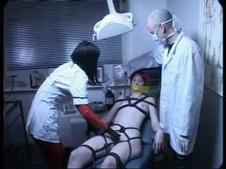 The dentist içinde bayan jones