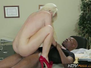 blondýnky, velká prsa, paroháč