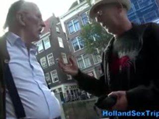 Oud toerist looks voor seks in amsterdam
