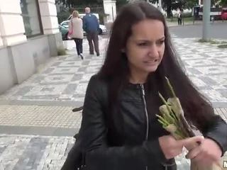 Amateur lili devil railed met stranger
