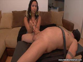 Spaniol fata evaluates pula în timpul femdom laba: porno 06