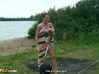Seksowne, pijane i gorące weekend na the river shore