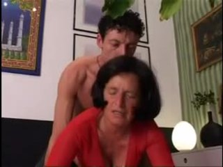 Giving 奶奶 一 良好 硬 dicking !