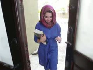 Miang/gatal si rambut coklat arab remaja ada gets filled