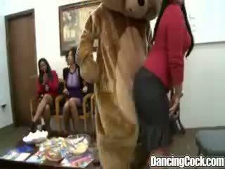 Dancingcock Group Cock Suking