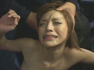 Japans busbanged