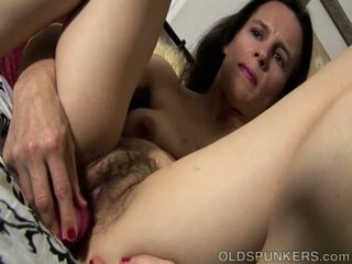 Mature Amateur Has The Hairy Cunt