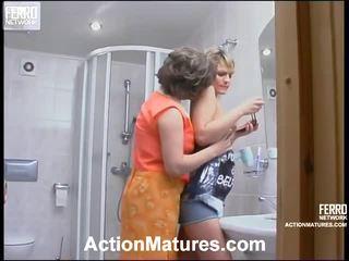 Sara en amelia impressive mamma binnenin actie