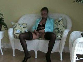 Amber lynn bach nuthuki at home