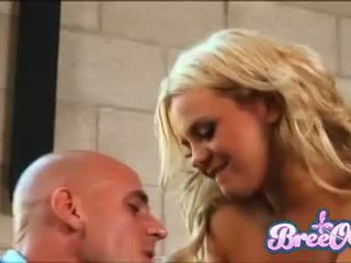 Lovely blonde Bree Olson fills her sweet mouth with her favorite man sausage