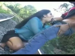 India hi-class aunty bj and release
