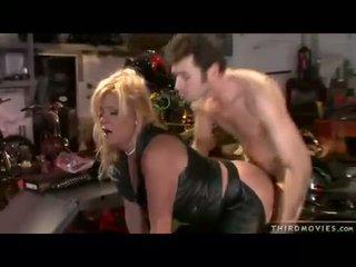 Pornstar Ginger Lynn gets her wet twat rammed hard from behind
