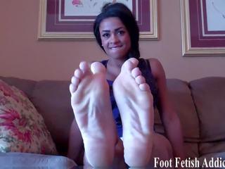 foot fetišs, femdom, pov