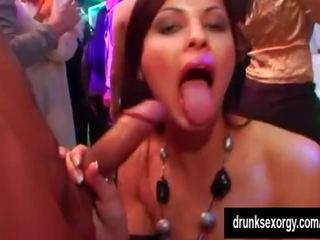 Porno video 811