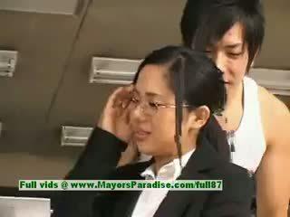 Sora aoi innocent nakal asia sekretaris enjoys getting