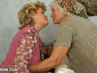 할머니, 레즈비언, 엄마와 청소년