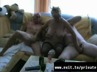 Inge 40 years bi שתי נשים וגבר trio עם hubby ו - חבר וידאו