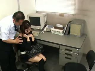 ブルネット, 日本の, 盗撮