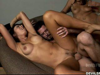 tutto brunetta online, sesso di gruppo, nuovo baci
