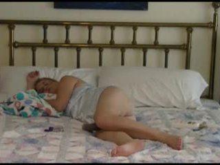 Küpsemad paar bedtime keppimine video