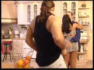 Christina és michelle fasz a plumbers