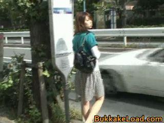 Owadanja aziýaly jana attacked on a awtobus ride