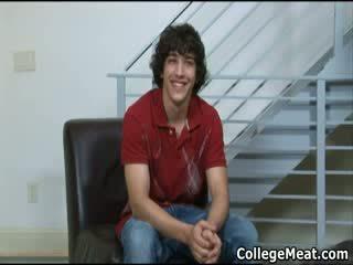 Chandler cane wanking viņa pievilcīgas koledža