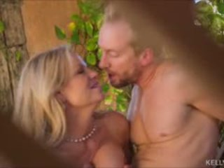 Sun kissed hot mom aku wis dhemen jancok kelly madison kurang ajar hubbys big jago