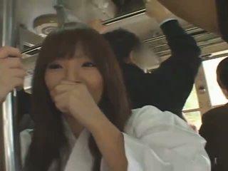 Gros seins japonais fille hitomi tanaka banged en public