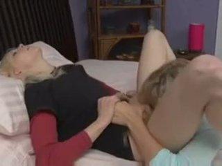 todellinen pillua köniinsä, nähdä makuuhuone kuumin, hauska lesbo kuuma