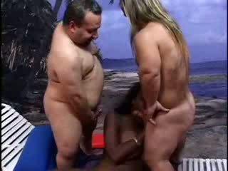 Liliputs lifeguards sodīt melnādainas dāma video