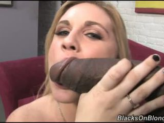 Hayden Night Blond Babe Get Punked In The Head