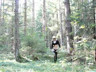 Lola spais crossdresser di itu hutan
