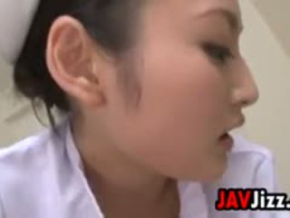 Seksualu japoniškas seselė dominates a pacientas