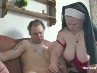 big boobs, mahasiswi, jimat