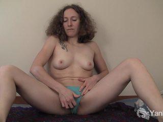 امرأة سمراء, هيئة, عضلي