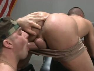 Гей спортсмени дупа gets pounded після глава