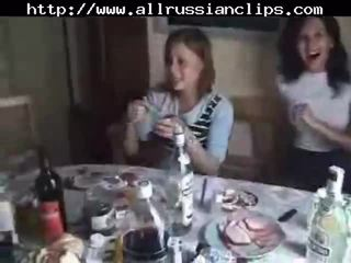 Russa students sexo orgia parte 1 russa cumshots engolida